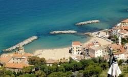 Appartamento Appartamenti per Vacanze a Santa Maria di Castellabate Viale dei Cantieri Navali 16,  Castellabate Cilento