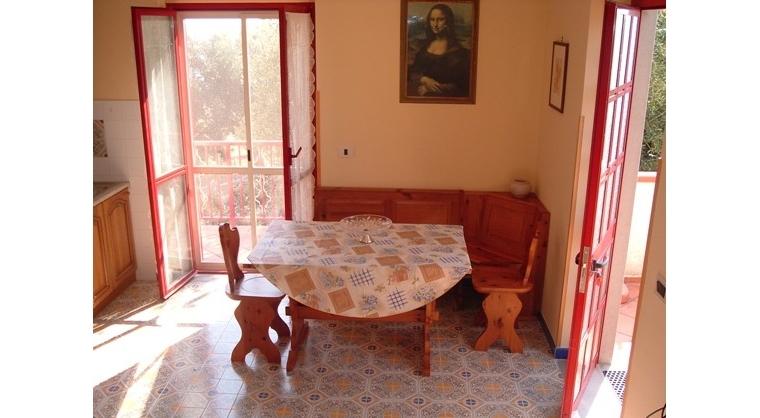 TurismoInCilento.it - B&B,Casevacanze,Hotel - Villa Antonietta - zona giorno app. 2
