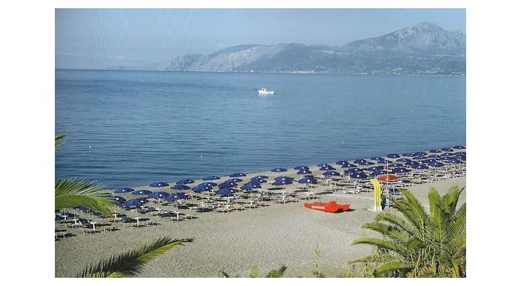 TurismoInCilento.it - B&B,Casevacanze,Hotel - Villaggio Turistico Bungalow parco pisacane - Spiaggia