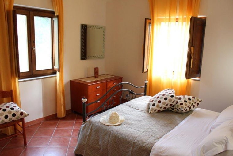 TurismoInCilento.it - B&B,Casevacanze,Hotel - That's Amore Country House - 2587 struttura bilo e tril 3.JPG