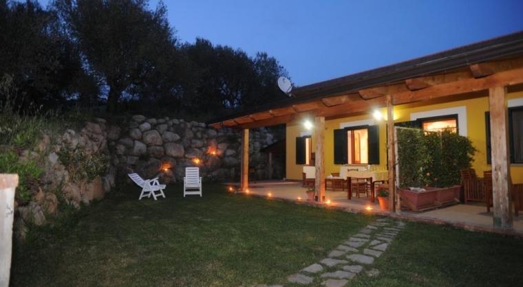 TurismoInCilento.it - B&B,Casevacanze,Hotel - Agriturismo Barnia -