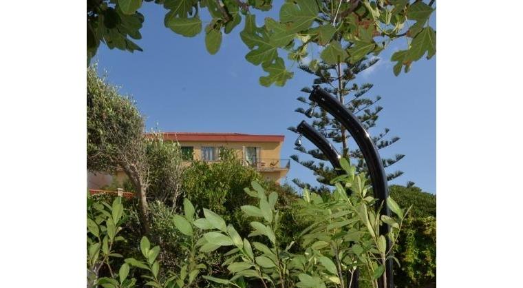 TurismoInCilento.it - B&B,Casevacanze,Hotel - La rosa dei venti - docce esterne