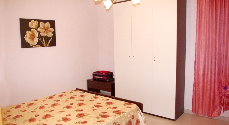 TurismoInCilento.it - B&B,Casevacanze,Hotel - Casa Vacanza Annina - 3603 CASAVACANZA ANNINA AGROPOLI CAMERA DA LETTO 03