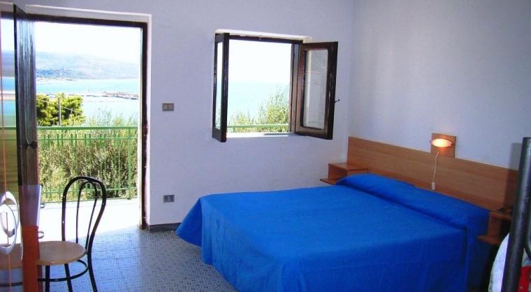 TurismoInCilento.it - B&B,Casevacanze,Hotel - hotel villaggio Hydra Club - interno camera bungalow