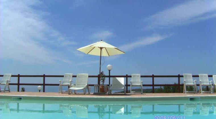 TurismoInCilento.it - B&B,Casevacanze,Hotel - Baia della Luna - Relax in piscin