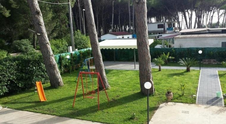 TurismoInCilento.it - B&B,Casevacanze,Hotel - RANIERICASEVACANZE - Scivolo ed altalena