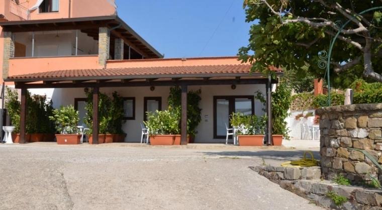 TurismoInCilento.it - B&B,Casevacanze,Hotel - La rosa dei venti - monolocale libeccio