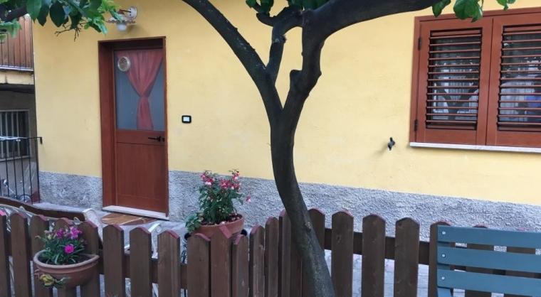 TurismoInCilento.it - B&B,Casevacanze,Hotel - Casa Vacanze Agropoli (zona centrale / porto) - Entrata