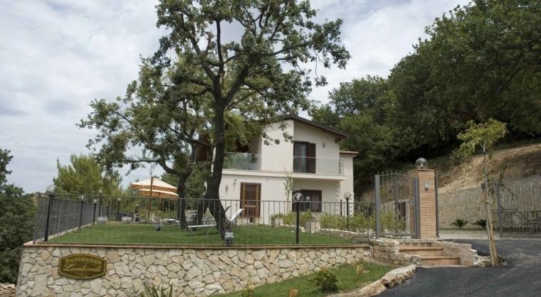 TurismoInCilento.it - B&B,Casevacanze,Hotel - Residenza Lombardi - 5203 residenza lombardi ascea camera esterno 01
