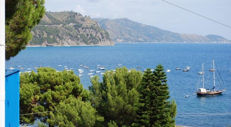 TurismoInCilento.it - B&B,Casevacanze,Hotel - Villa Edwige - 5204 Casa per Vacanze Ogliastro Marina Santa Maria di Castellabate Villa Edwige 07