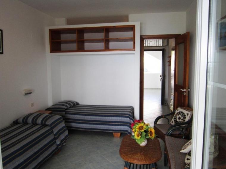 TurismoInCilento.it - B&B,Casevacanze,Hotel - Mediterraneo Residence - 5205 05   camera a due letti.JPG
