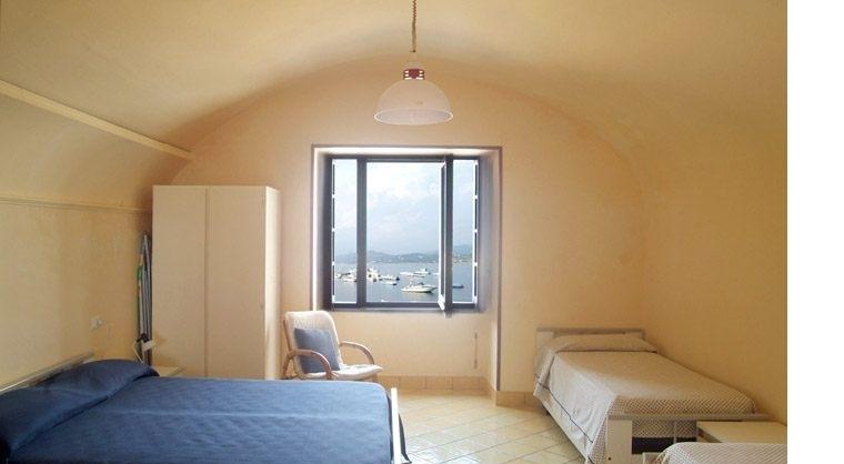 TurismoInCilento.it - B&B,Casevacanze,Hotel - Vigna del Mare - 5207 Residence Palinuro Cilento Vigna del Mare appartamento 4 posti casa sul mare porto palinuro