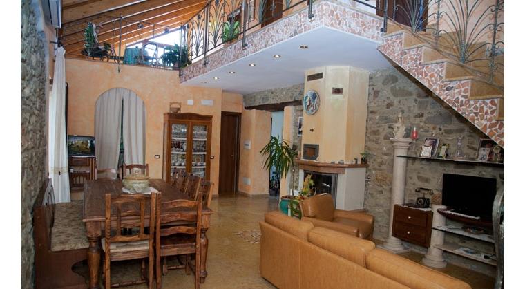 TurismoInCilento.it - B&B,Casevacanze,Hotel - Agriturismo Casalvelino - La Voce del Mare - 5208 AGRITURISMO CASALVELINO CILENTO voce del mare aree comuni 03