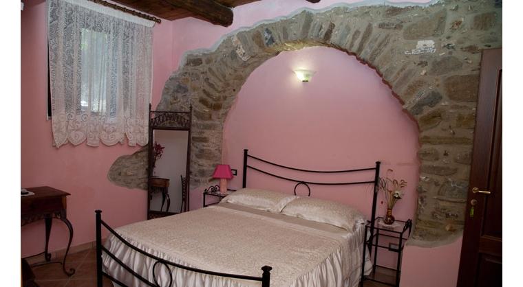 TurismoInCilento.it - B&B,Casevacanze,Hotel - Agriturismo Casalvelino - La Voce del Mare - 5208 AGRITURISMO CASALVELINO CILENTO voce del mare camere 01