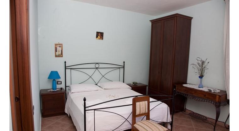 TurismoInCilento.it - B&B,Casevacanze,Hotel - Agriturismo Casalvelino - La Voce del Mare - 5208 AGRITURISMO CASALVELINO CILENTO voce del mare camere 02