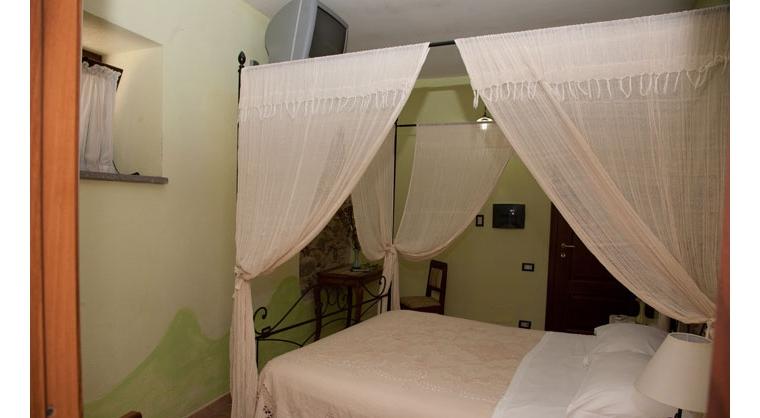 TurismoInCilento.it - B&B,Casevacanze,Hotel - Agriturismo Casalvelino - La Voce del Mare - 5208 AGRITURISMO CASALVELINO CILENTO voce del mare camere 03