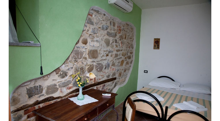 TurismoInCilento.it - B&B,Casevacanze,Hotel - Agriturismo Casalvelino - La Voce del Mare - 5208 AGRITURISMO CASALVELINO CILENTO voce del mare camere 04