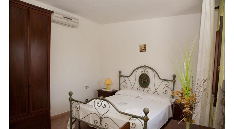 TurismoInCilento.it - B&B,Casevacanze,Hotel - Agriturismo Casalvelino - La Voce del Mare - 5208 AGRITURISMO CASALVELINO CILENTO voce del mare camere 06