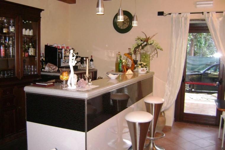 TurismoInCilento.it - B&B,Casevacanze,Hotel - Hotel Sgroi Ristorante Luisa Sanfelice - 5238 hotel sgroi ristorante luisa sanfelice laureana cilento Bar