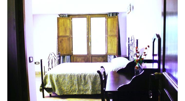 TurismoInCilento.it - B&B,Casevacanze,Hotel - La Civetta - 5254 la civetta agropoli BB La Civetta Camera Amalfi Tramonto 700x480