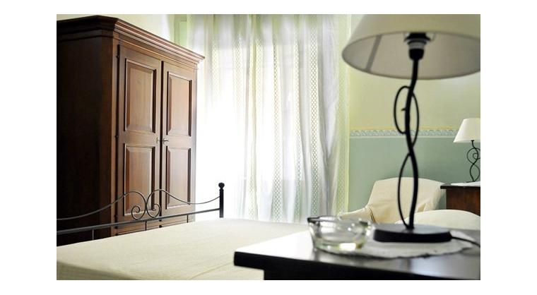 TurismoInCilento.it - B&B,Casevacanze,Hotel - Aurora - 5521 aurora castellabate Camera partenope 03