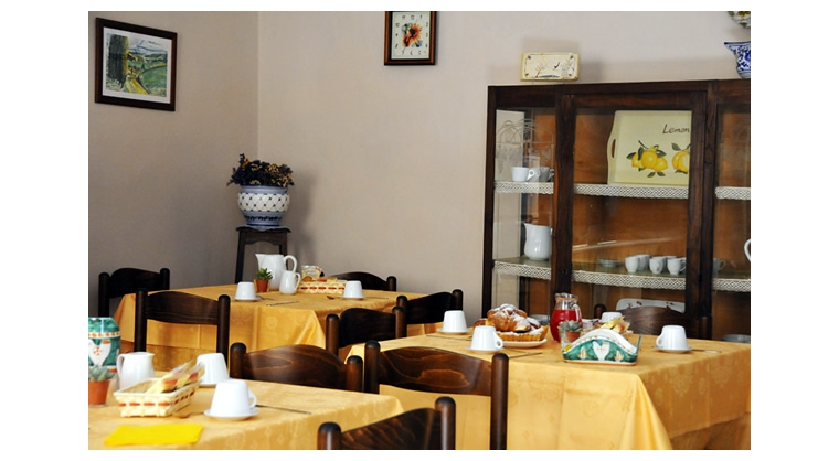 TurismoInCilento.it - B&B,Casevacanze,Hotel - Aurora - 5521 aurora castellabate sala 2