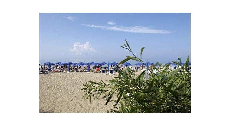 TurismoInCilento.it - B&B,Casevacanze,Hotel - Hotel Village Marina - 5715 hotel village marina capaccio 003 mare