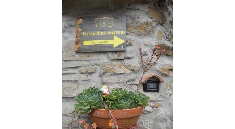 TurismoInCilento.it - B&B,Casevacanze,Hotel - Il Giardino Segreto - 5735 il giardino segreto ogliastro cilento esterno1