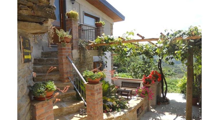 TurismoInCilento.it - B&B,Casevacanze,Hotel - Il Giardino Segreto - 5735 il giardino segreto ogliastro cilento esterno 4rl15zk6