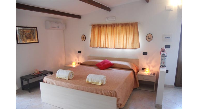 TurismoInCilento.it - B&B,Casevacanze,Hotel - Il Giardino Segreto - 5735 il giardino segreto ogliastro cilento scaletta xr5i90lr
