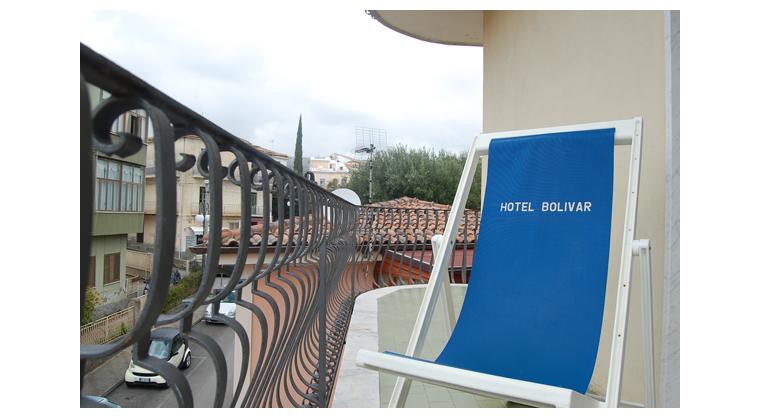 TurismoInCilento.it - B&B,Casevacanze,Hotel - Hotel Bolivar - 5740 Hotel Camerota cilento Bolivarcamera deluxe balcone