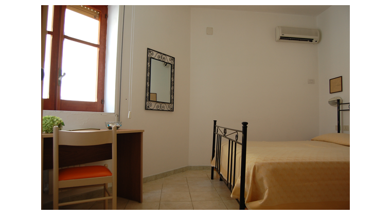 TurismoInCilento.it - B&B,Casevacanze,Hotel - Hotel Bolivar - 5740 Hotel Camerota cilento Bolivarcamera standard bolivar
