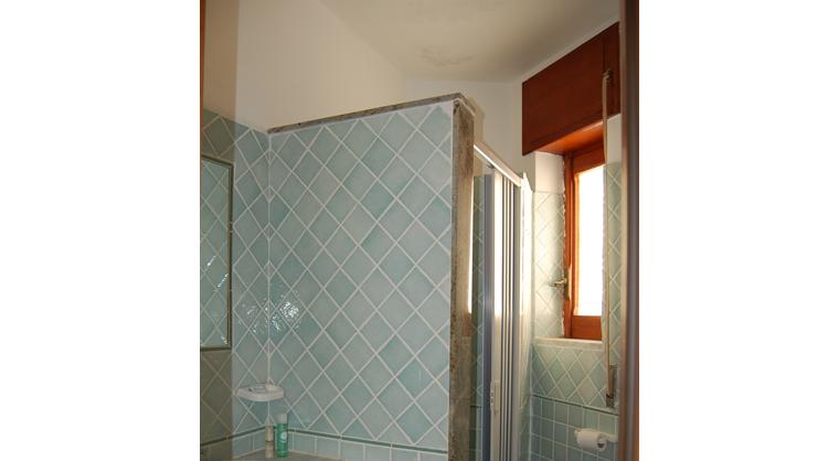 TurismoInCilento.it - B&B,Casevacanze,Hotel - Hotel Bolivar - 5740 Hotel Camerota cilento Bolivarroom standard bagno
