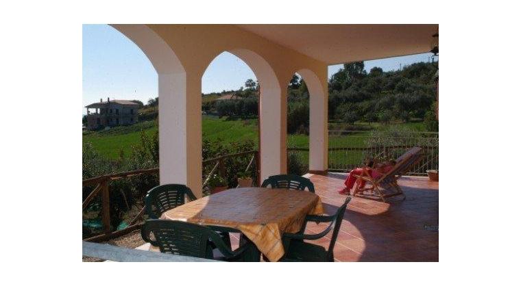 TurismoInCilento.it - B&B,Casevacanze,Hotel - Villa Uliveto - 5745 4d6c3 APPARTAMENTO PER VACANZE CILENTO CASALVELINO VILLA ULIVETO 02