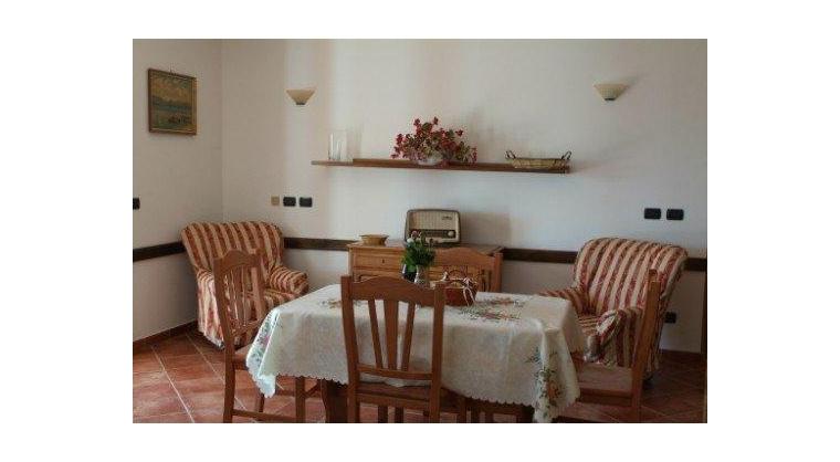 TurismoInCilento.it - B&B,Casevacanze,Hotel - Villa Uliveto - 5745 71c2c APPARTAMENTO PER VACANZE CILENTO CASALVELINO VILLA ULIVETO 04