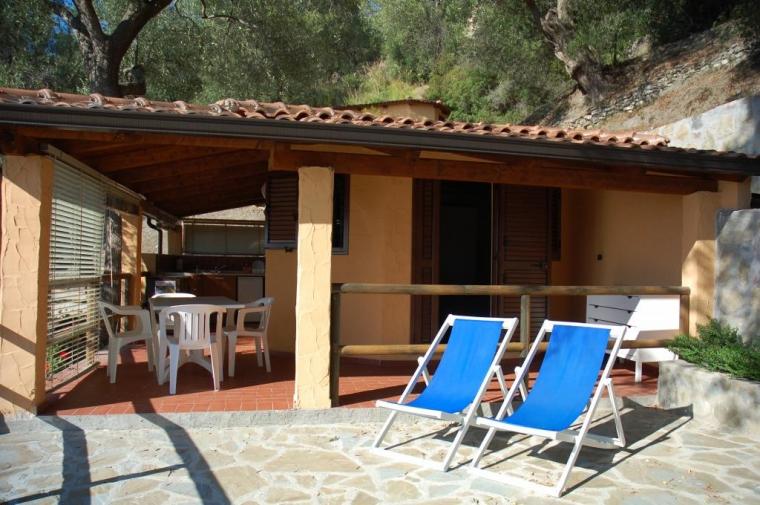 TurismoInCilento.it - B&B,Casevacanze,Hotel - Resort Baia del Silenzio - 5757 resort baia del silenzio pisciottaRESORT CASAVACANZA CAPRIOLI PALINURO BAIA DEL SILENZIO  bunga