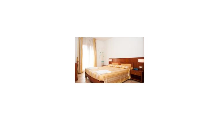 TurismoInCilento.it - B&B,Casevacanze,Hotel - B&B Anna - 5786 bb anna agropoli camera gialla