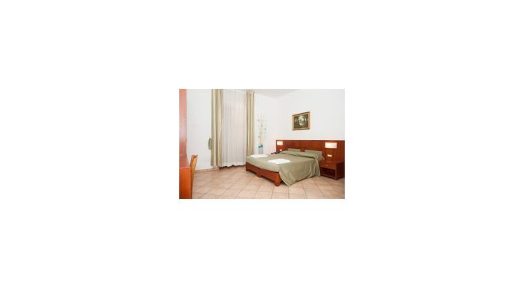TurismoInCilento.it - B&B,Casevacanze,Hotel - B&B Anna - 5786 bb anna agropoli camera letto oliva 2