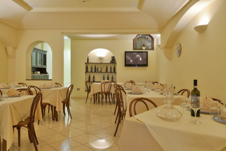 TurismoInCilento.it - B&B,Casevacanze,Hotel - La Marina - 5857 hotel santa maria di castellabate la marina castellabateLa Marina 16