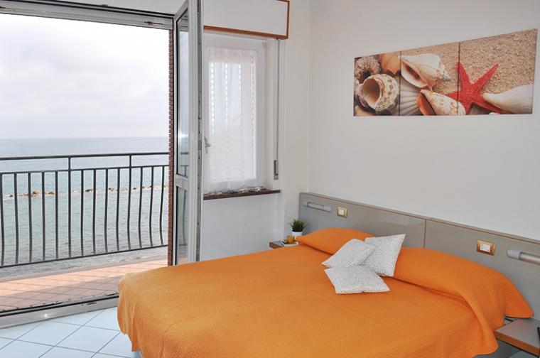 TurismoInCilento.it - B&B,Casevacanze,Hotel - Albergo Margherita - 5874 albergo margherita pollica pioppi Foto camera sito 800