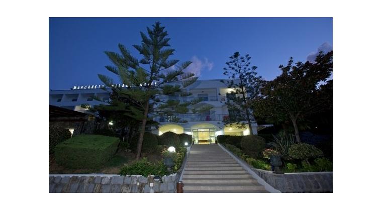TurismoInCilento.it - B&B,Casevacanze,Hotel - marcaneto hotel - 5879 marcaneto hotel san giovanni a piro F 15 46