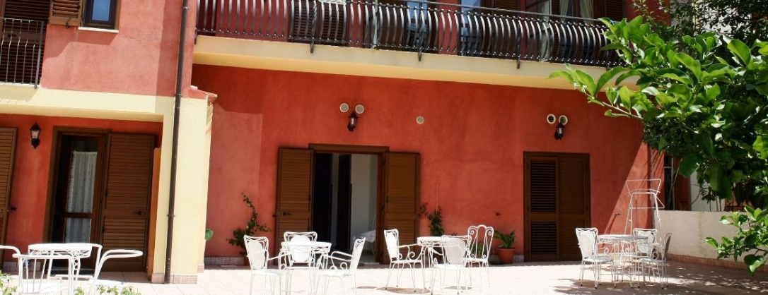 TurismoInCilento.it - B&B,Casevacanze,Hotel - Hotel Savoia - 6165 hotel savoia sapri slide05