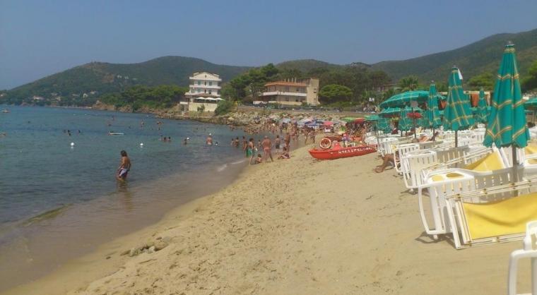 TurismoInCilento.it - B&B,Casevacanze,Hotel - CaseMontone a 50mt dal mare - spiaggia a 100mt da case montone