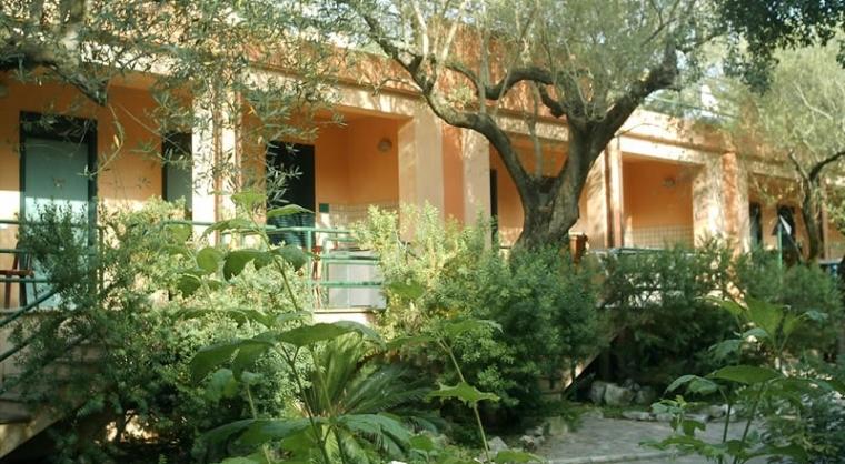 TurismoInCilento.it - B&B,Casevacanze,Hotel - Villaggio Turistico Bungalow parco pisacane -