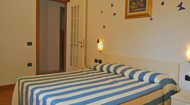 TurismoInCilento.it - B&B,Casevacanze,Hotel - Residence Villa Andrea - Marina di Camerota - Camera Matrimoniale Bilocale