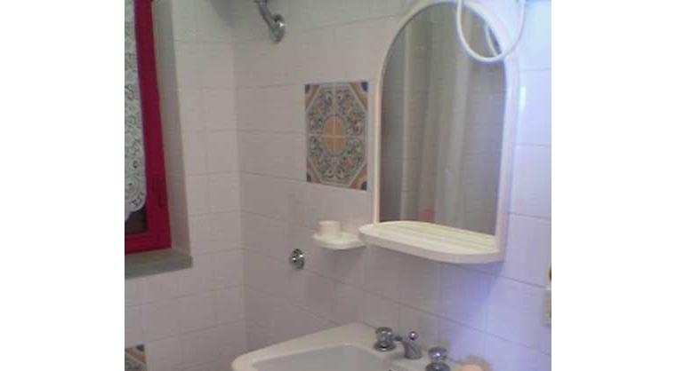 TurismoInCilento.it - B&B,Casevacanze,Hotel - Villa Antonietta - bagno app. 2