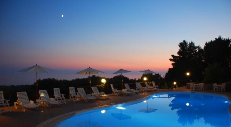 TurismoInCilento.it - B&B,Casevacanze,Hotel - Baia della Luna - Piscina notturna