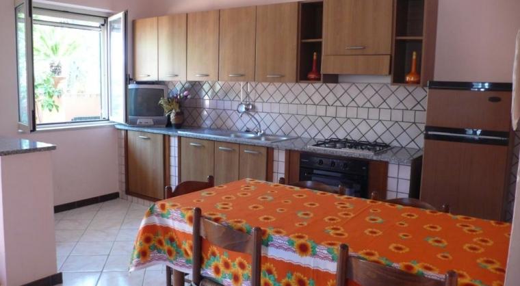 TurismoInCilento.it - B&B,Casevacanze,Hotel - Case Vacanze Rosy - Cucina