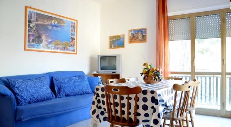 TurismoInCilento.it - B&B,Casevacanze,Hotel - Casa Vacanze Testene - Soggiorno