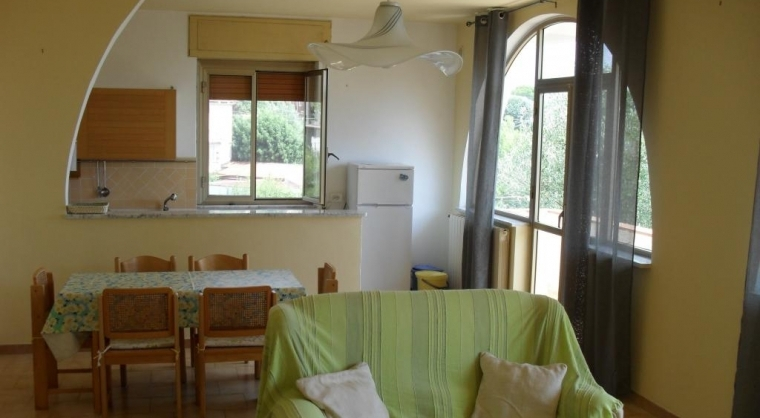 TurismoInCilento.it - B&B,Casevacanze,Hotel - Villa Sirene  - Salone e cucina Ap. Sole